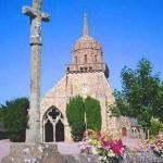 Porche et clocher de l'église Saint-Jacques de Perros-Guirec