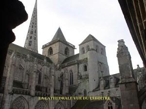 Les 3 clochers de la cathédrale de Tréguier