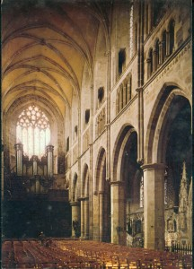 Orgue Tréguier_carte postale ancienne